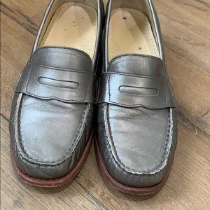 Cole Haan loafers metallic leather women's 8.5 B